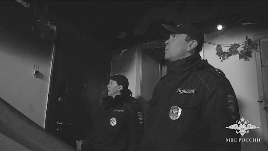 Полицейские спасли женщину и 3-летнего ребенка в Севастополе