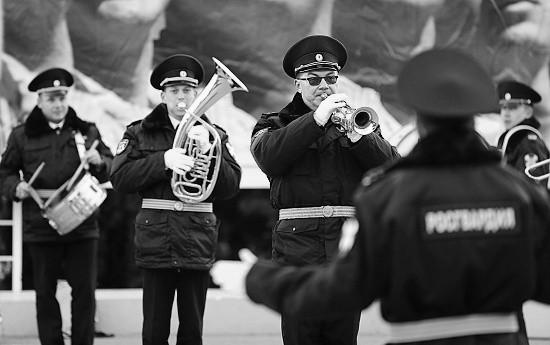 В Севастополе росгвардейцы провели концерт в доме-интернате