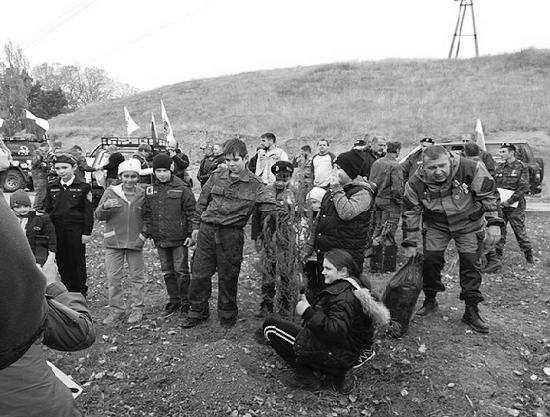 В Севастополе стартовала акция «Дерево имени Героя»