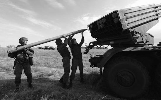 Артиллеристы Черноморского флота проводят батарейные дуэли