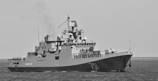 «Адмирал Эссен» провел тренировку по ПВО в Средиземном море