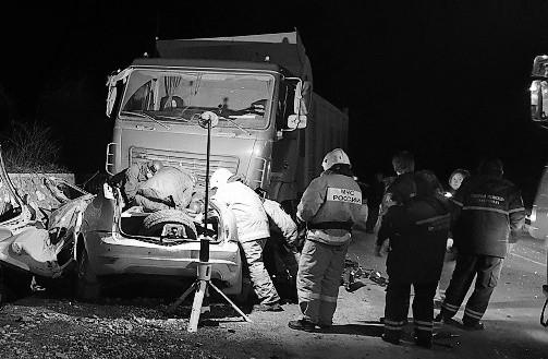 Три человека погибли в ДТП на автодороге Севастополь-Ялта