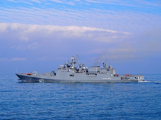«Адмирал Эссен», «Мираж» и морские тральщики проводят учение в Чёрном море