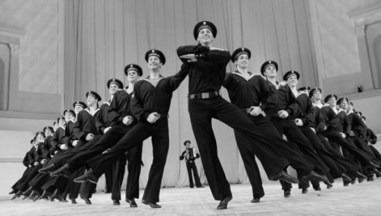 В Севастополе состоится всеармейский смотр-конкурс ансамблей песни и пляски