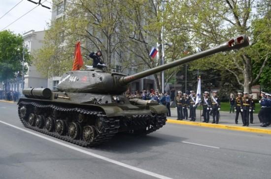 танк ИС