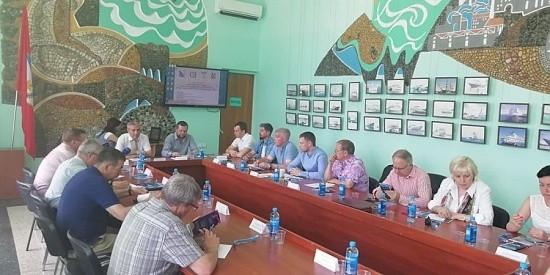 В Севастополе обсудили создание торгово-строительного пути