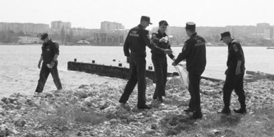 МЧС приглашает принять участие в акции «Чистый берег» в Севастополе