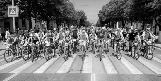В фестивале «Вело Победа» приняли участие полторы тысячи велосипедистов