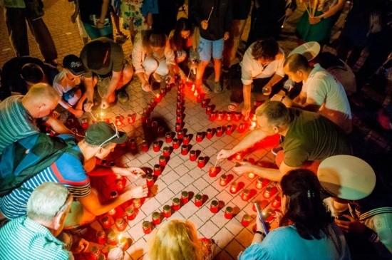 В Севастополе прошла акция «Свеча памяти»