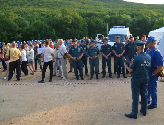 МЧС и Правительство Севастополя проводят учебно-методический сбор