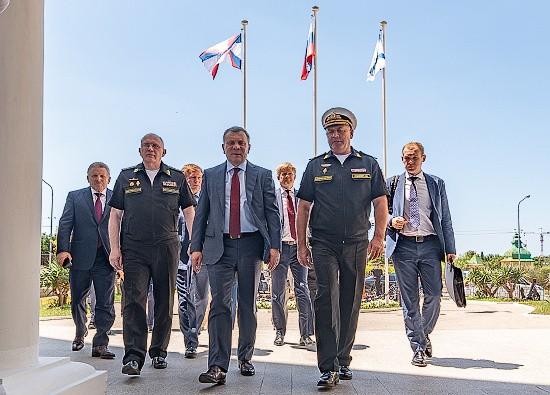Министр МЧС принял участие в заседании Морской коллегии