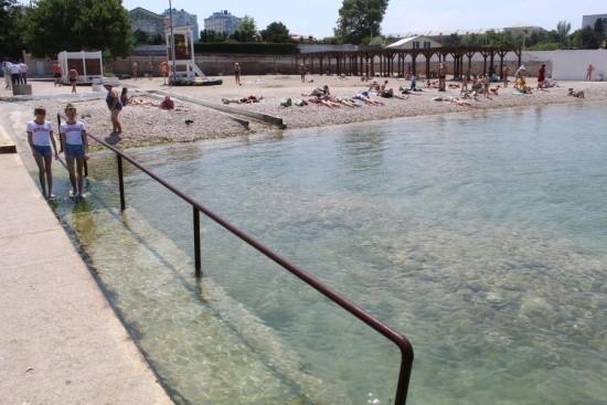 пляж в Севастополе