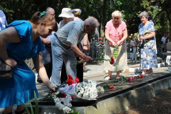 Севастопольцы почтили память партизан и борцов подполья