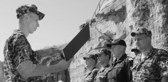 Пополнение Росгвардии привели к присяге у мемориала «35-я береговая батарея»
