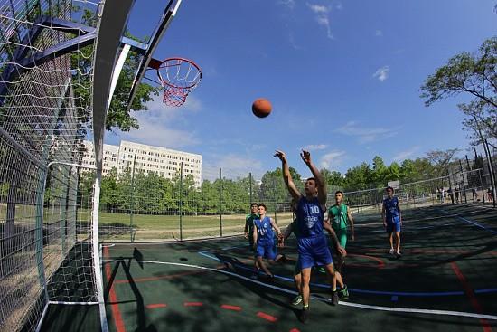 В Севастополе стартует проект «Спорт в каждый двор»
