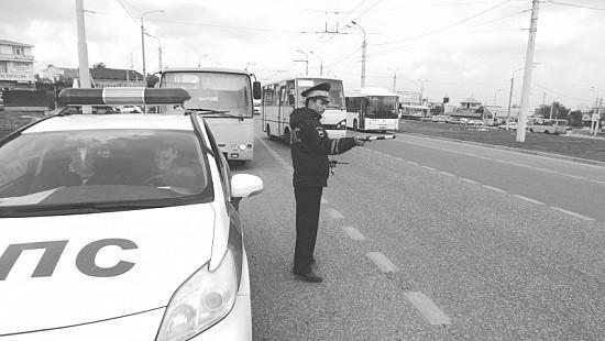 В Севастополе подвели итоги рейда «Автобус»