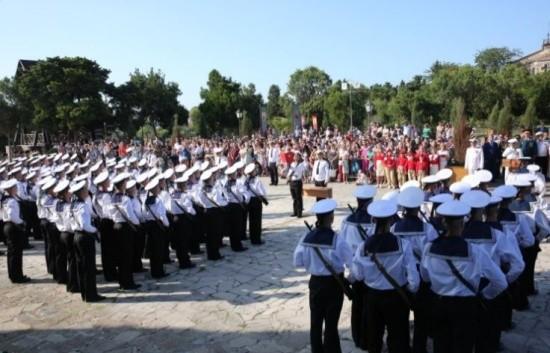 Курсанты школы водолазов приняли присягу в Севастополе