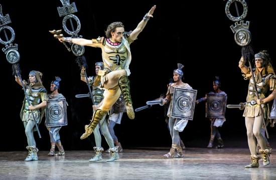 Владимир Путин посетил фестиваль оперы и балета в Херсонесе