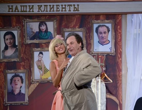 В Севастополе прошел комедийный спектакль «Палата бизнес — класса»