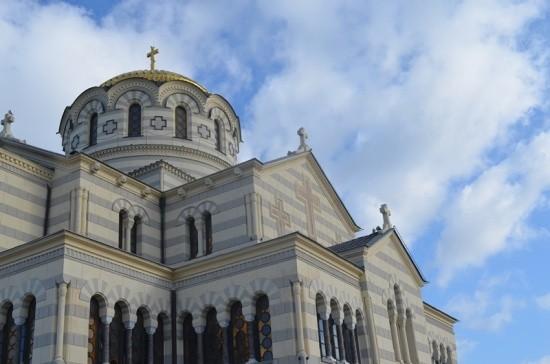 В Свято-Владимирском соборе в Херсонесе состоялся молебен для сотрудников МЧС