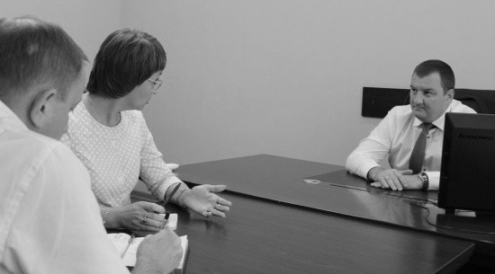 Руководство Главного следственного управления встретилось с детским омбудсменом Севастополя