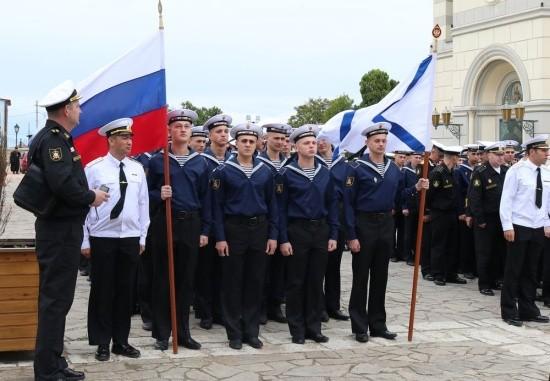 В Севастополь прибыла главная икона ВМФ России
