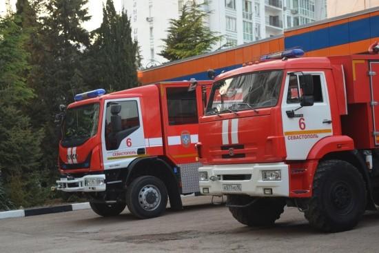 В Севастополе ликвидирован пожар. Спасена женщина