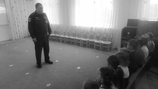 Сотрудники МЧС провели открытые уроки в образовательных учреждениях Севастополя
