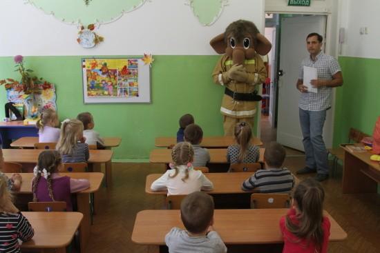 В 28 детском саду определены лучшие на конкурсе рисунков