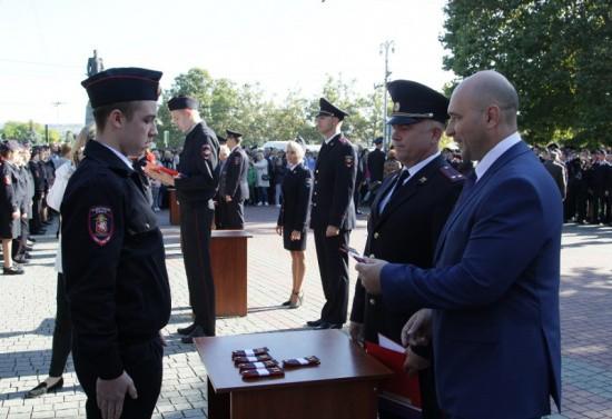 В Севастополе ученики кадетского класса УМВД дали торжественную Клятву кадета (видео)