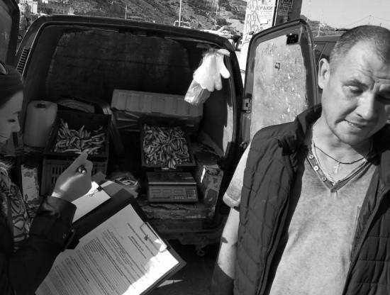 В Севастополе прошли рейды по местам стихийной торговли