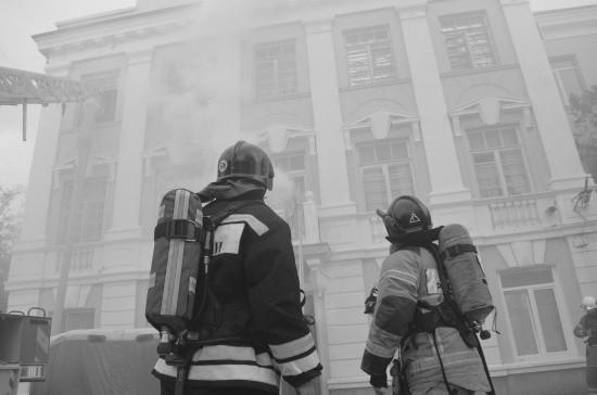 На базе Черноморского высшего военно-морского училища состоялись учения МЧС (видео)