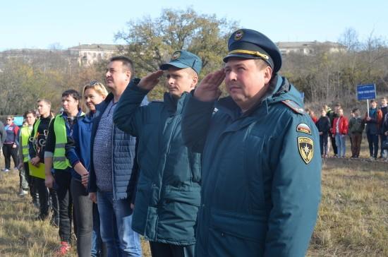 Для старшеклассников Севастополя прошли региональные соревнования под руководством МЧС