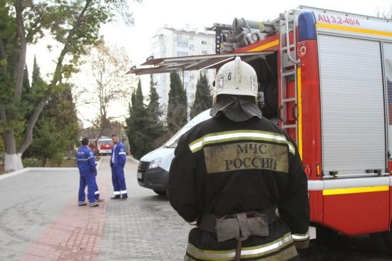 В севастопольской школе ликвидировали короткое замыкание с задымлением