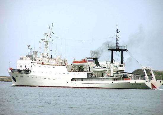 Гидрографическое судно «Донузлав» возвращается в Севастополь