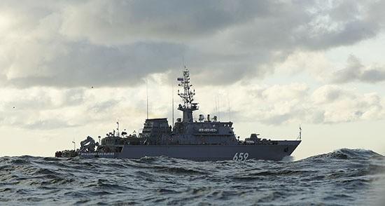 Противоминный корабль «Владимир Емельянов» завершает переход в Севастополь