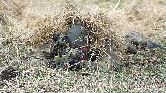 Подразделения снайперов-разведчиков ЧФ совершили марш-бросок на полигон
