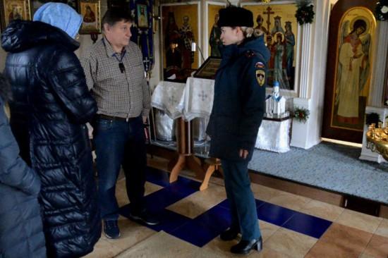 В канун Рождества сотрудники МЧС провели рейд по храмам Севастополя