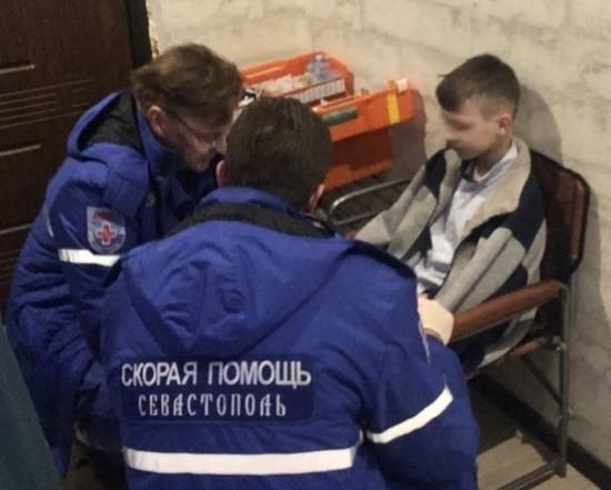 В Севастополе пожарные спасли ребенка из горящего дома