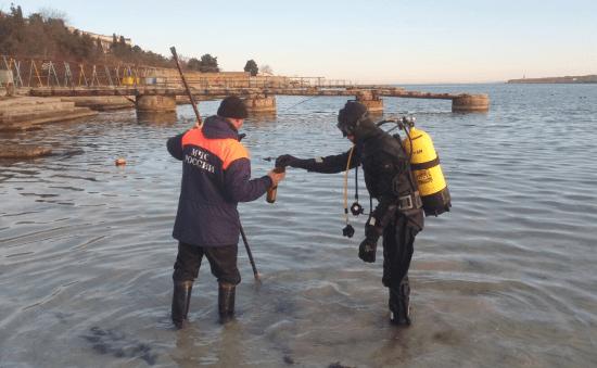 Водолазы проверили все пять мест для крещенских купаний в Севастополе