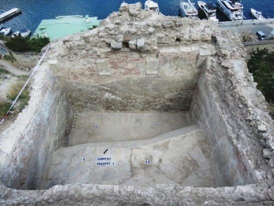 Археологи обнаружили в Балаклаве большой генуэзский арсенал