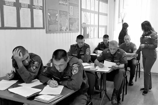 Крымский филиал Центра экстренной психологической помощи МЧС России отмечает пятилетие