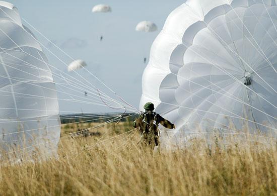 Морские пехотинцы ЧФ проводят тренировки по высадке воздушного десанта