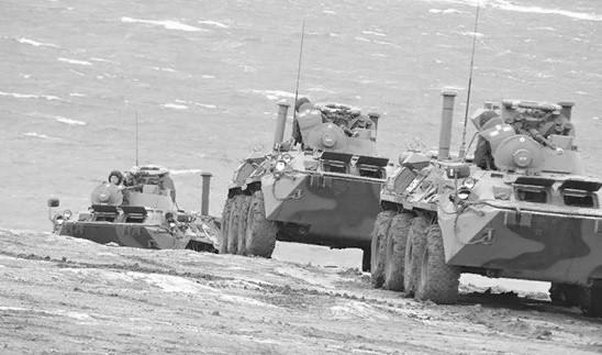 Бой за высадку десанта провели подразделения армейского корпуса ЧФ на полигоне в Крыму