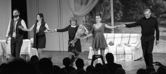 В Севастополе показали спектакль «Невеста напрокат»
