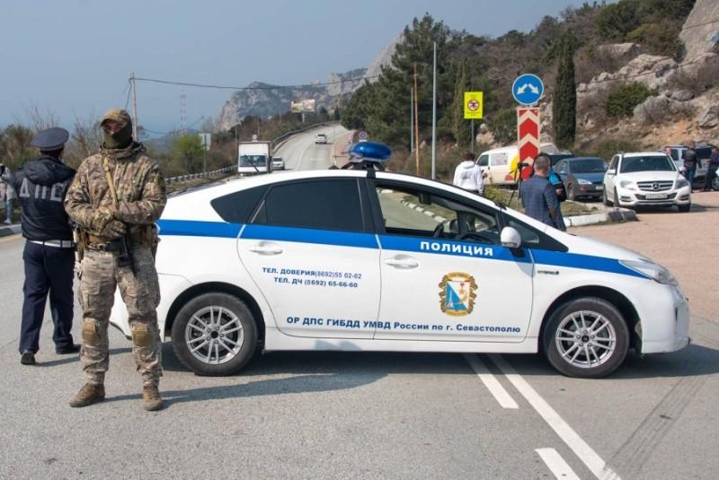 На въездах в Севастополь убирают пункты контроля и снимают ограничения