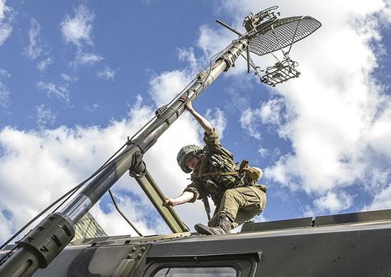 В армейском корпусе Черноморского флота прошел «День специалиста связи»