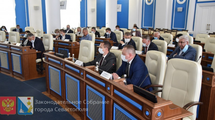 С 1 июля в Севастополе введут налог на профессиональный доход