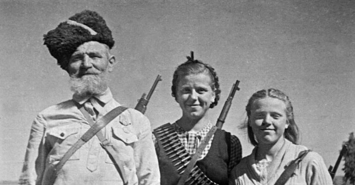 В Севастополе почтили память партизан и подпольщиков