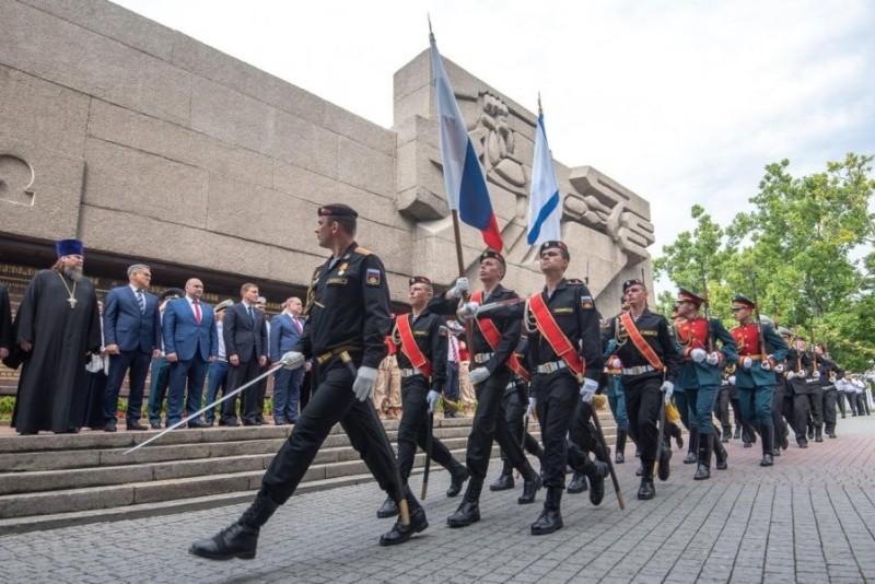 Военнослужащие ЧФ приняли участие в праздновании Дня России в Севастополе